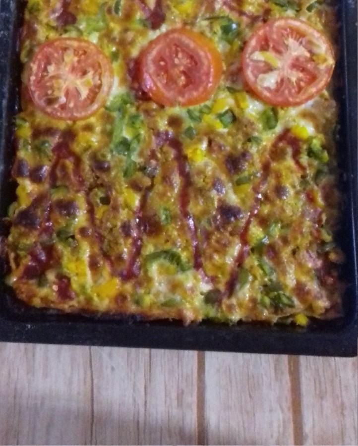 پیتزا گوجه فرنگی