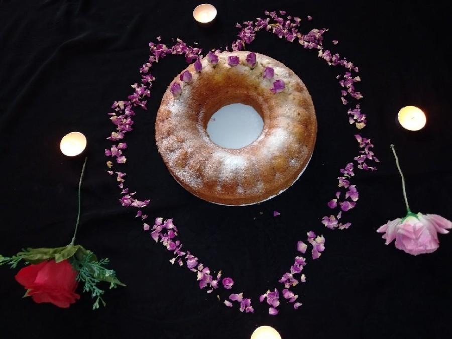 کیک گل محمدی
