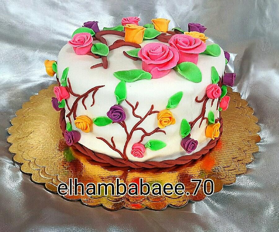 عکس کیک تولد با روکش فوندانت