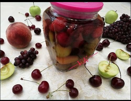 عکس ترشی میوه های تابستانی