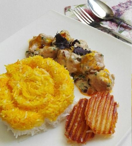 عکس خوراک مرغ و فندق