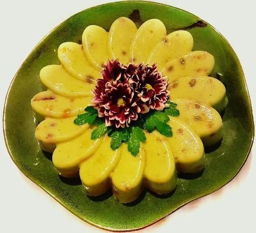 عکس دسر میوه خامه ای