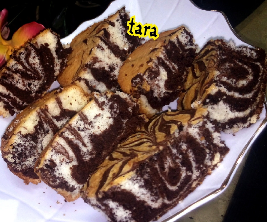 عکس کیک زبرا با شکلات تخته ای