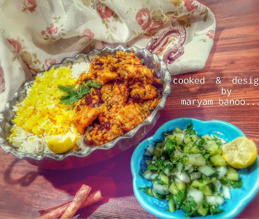 عکس خورشت مرغ و بادام هندی