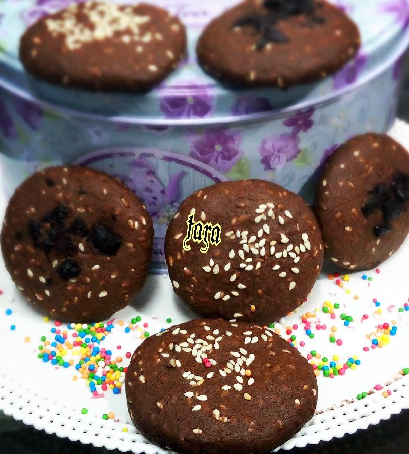 عکس شیرینی کنجدی شکلاتی(کلوچه)