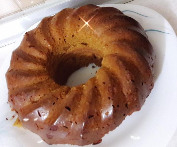 عکس کیک شیره انگور با بادام