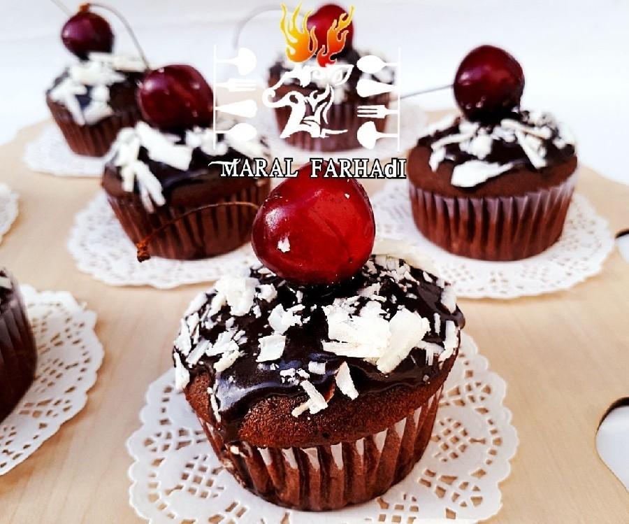 عکس کاپ کیک شکلات و خامه