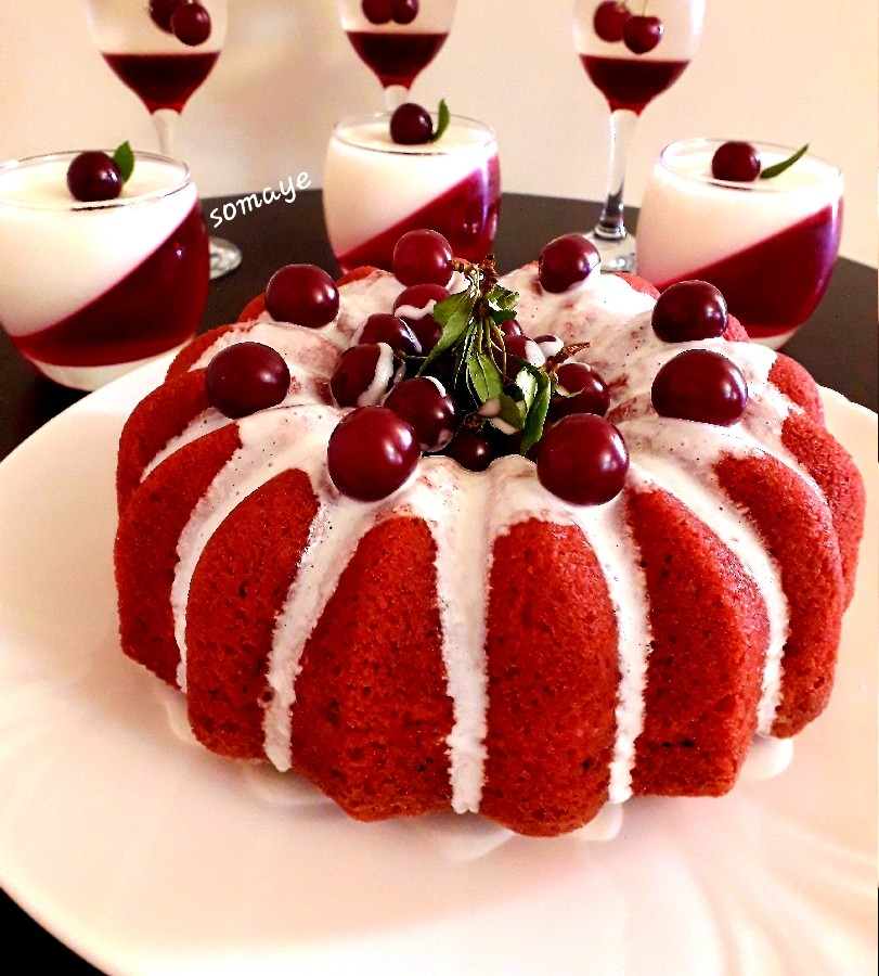 عکس کیک قرمز نارگیلی