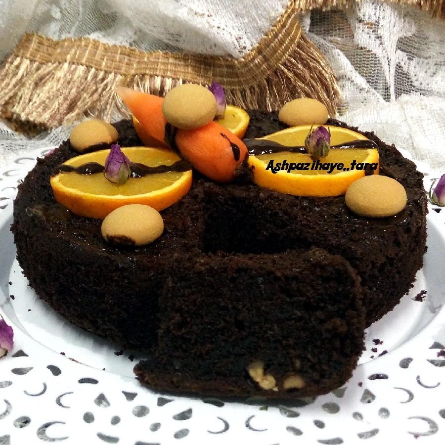 عکس کیک هویج و پرتقال شکلاتی
