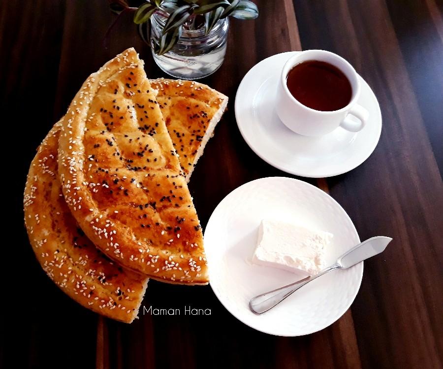 عکس نان روغنی صبحانه
