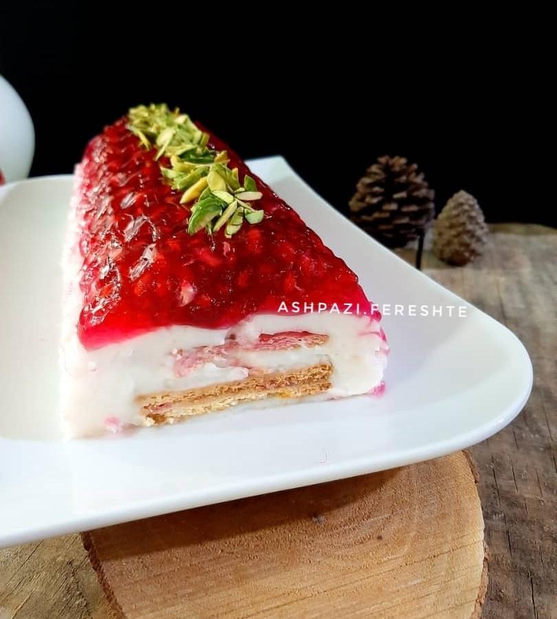 عکس کیک یخچالی انار