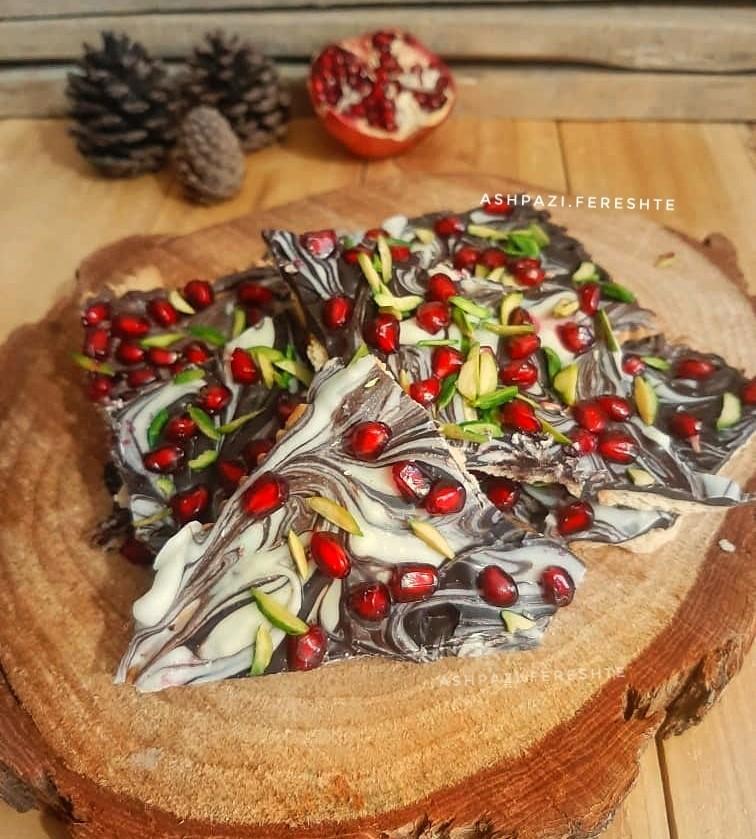 عکس بارک شکلاتی انار