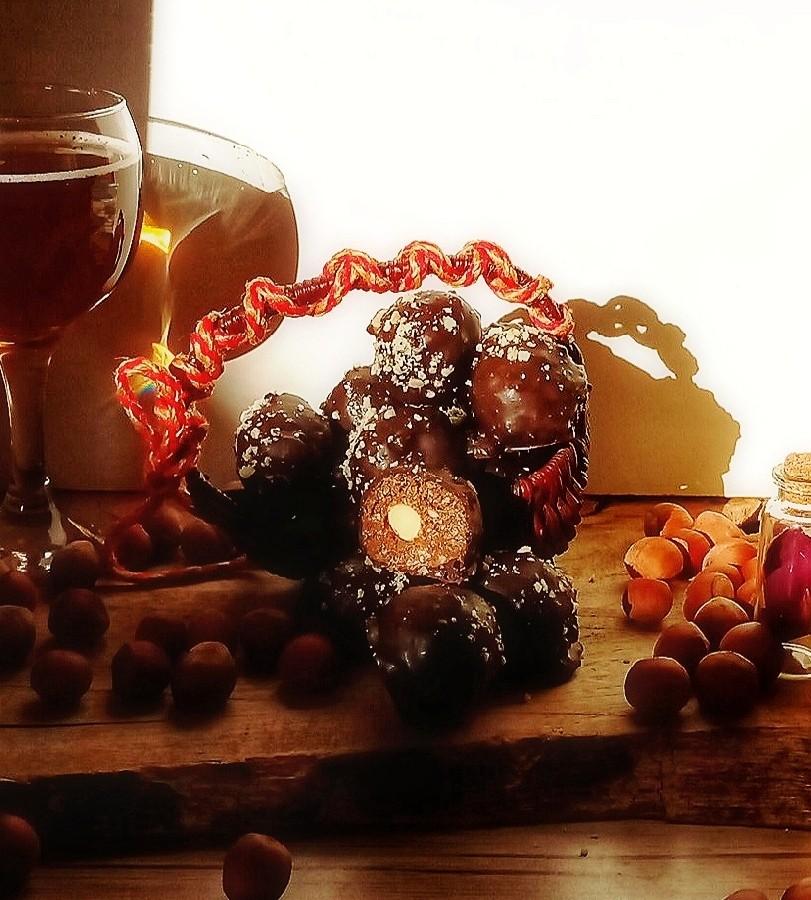 عکس شکلات فررو روشرFERRERO Rocher