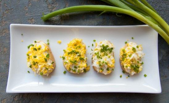 عکس کاناپه تخم مرغ و پنیر