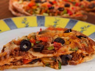 عکس پیتزا با نان لبنانی