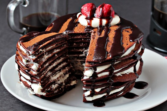عکس کیک شکلاتی پنکیک